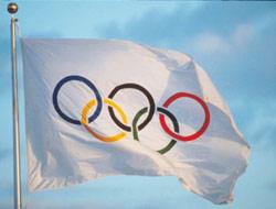 20090901000248-050908-bandera-olimpica-afp.jpg