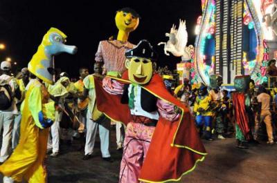 20150806231856-festejo-carnaval.jpg