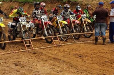 20180424150649-motocross-pinar-696x462.jpg