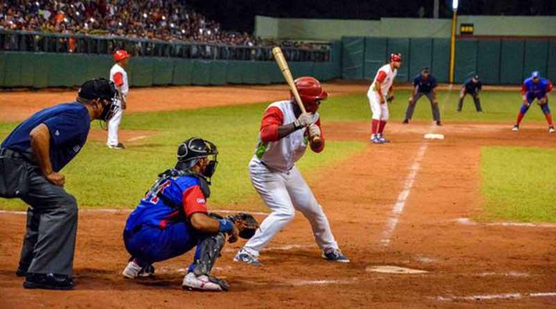 20210422005551-beisbol-play-off-ltu-gra-.jpg
